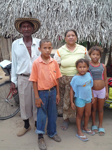 Family with whom I stayed in Puente Canoa, Colombia