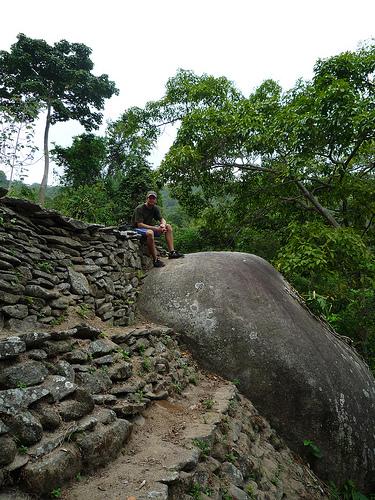 Me atop ruins, El Pueblito